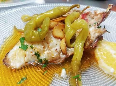 Restaurante El Tonel -  Tiñosu con piparra y citricos - Restaurante Sidrería El Tonel
